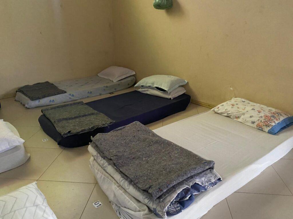 novo-abrigo-emergencial-recebe-pessoas-em-vulnerabilidade-social-nas-noites-de-frio